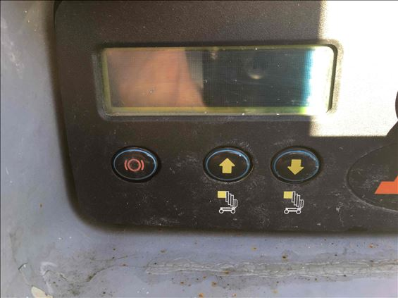 2012 JLG 20MVL Scissor Lift