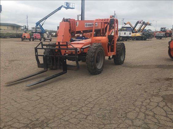 2014 SKYTRAK 8042 Reach Forklift
