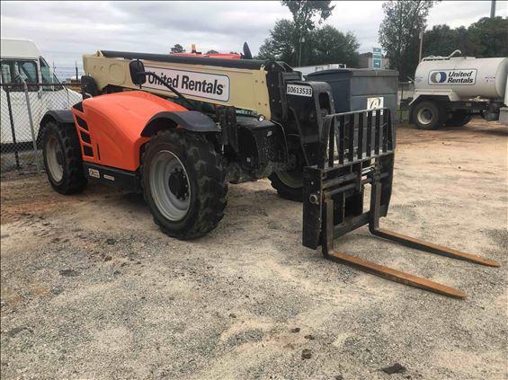 2017 JLG 742 Rough Terrain Forklift