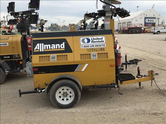 2012 Allmand MLEX20V Towable Light Tower